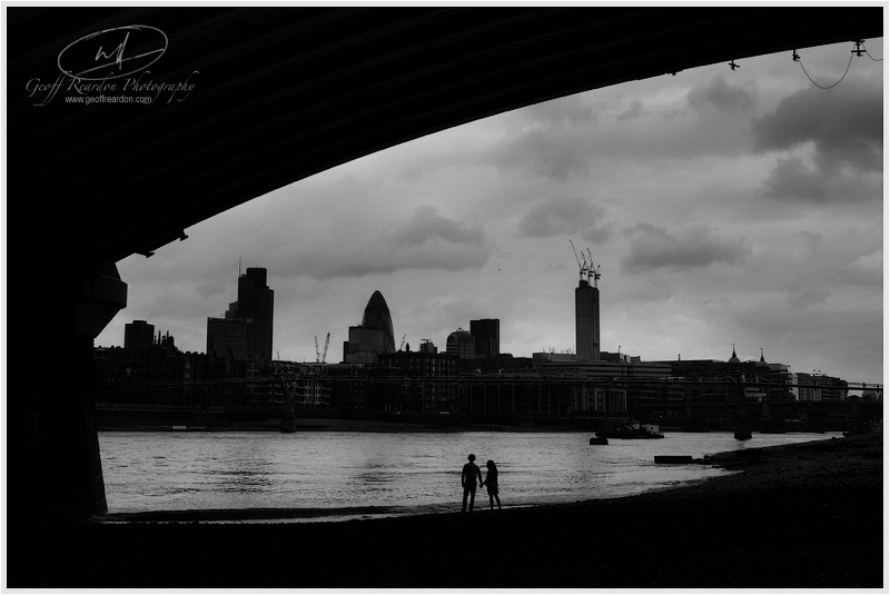 21-engagement-photographer-southbank-london