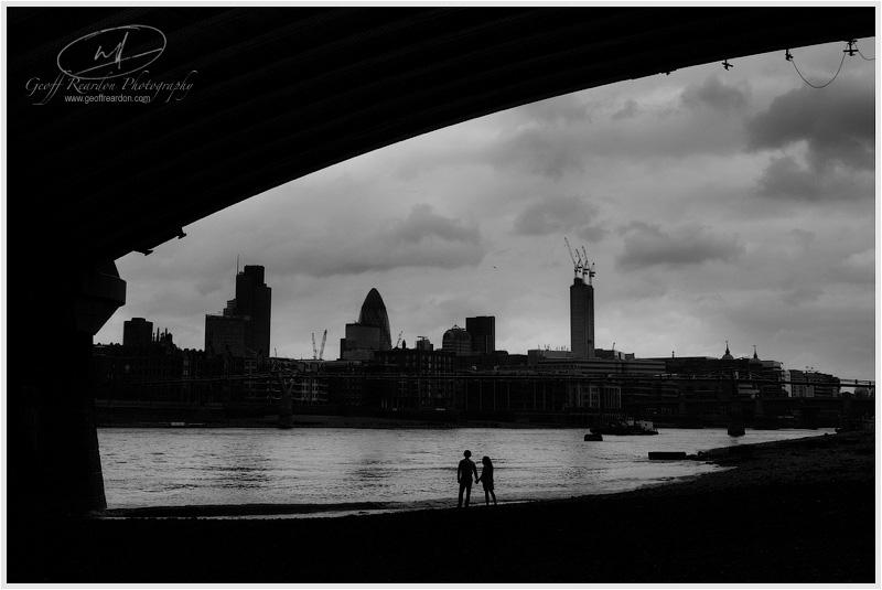 21-engagement-photographer-southbank-london