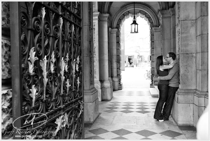 3-pre-wedding-photography-piccadilly-london